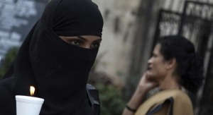 Una dona índia durant una protesta contra l'onada de violacions al país